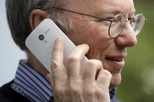 Google Chairman Eric Schmidt with the Moto X