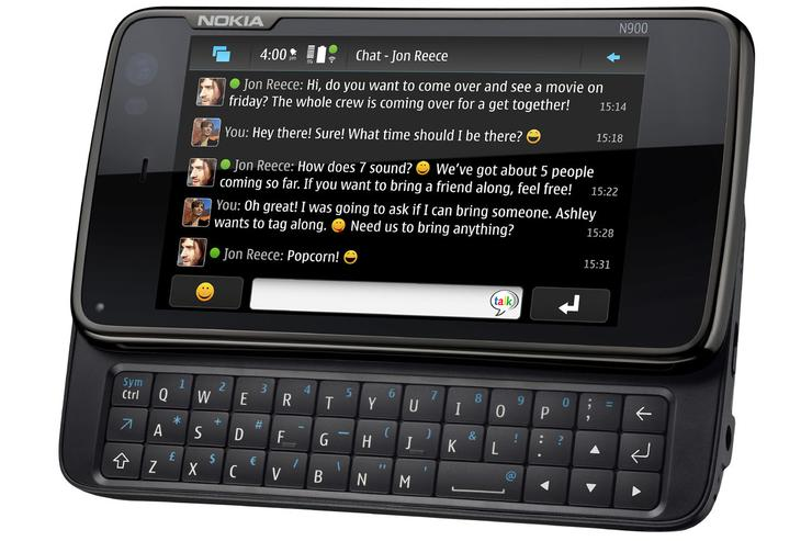 Nokia's N900 smartphone is the company's first to use the Linux-based Maemo 5 operating system.