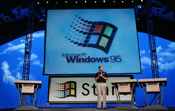 Launch day: Bill Gates introduces Windows 95