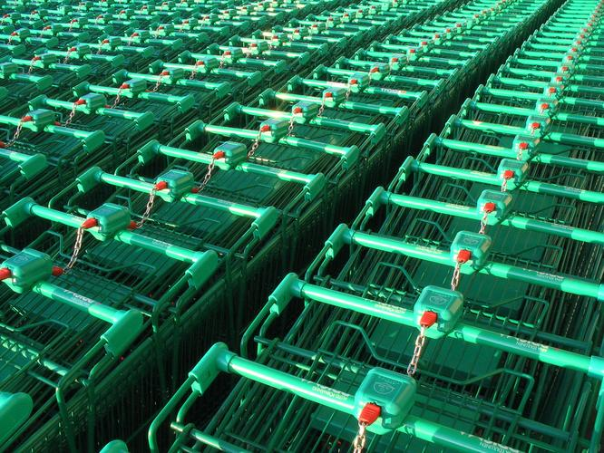 Trolleys by Timo Kuusela (Flickr)