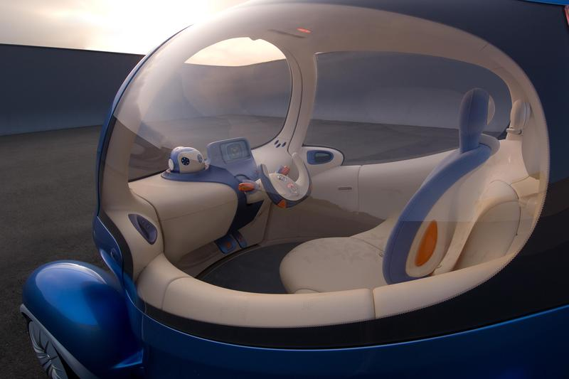 Nissan adds a robot helper to its concept car