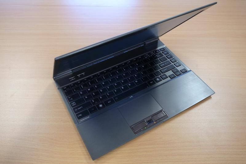 In pictures: Toshiba Portege Z830 ultralight laptop