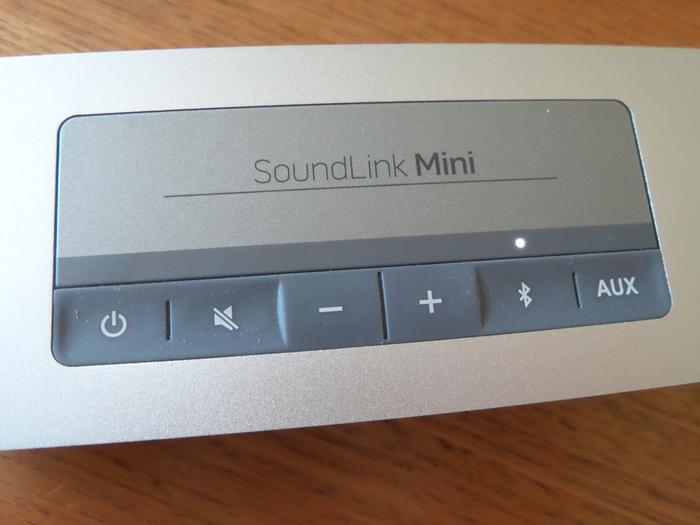 The rubberised buttons on the SoundLink Mini really require a firm press.