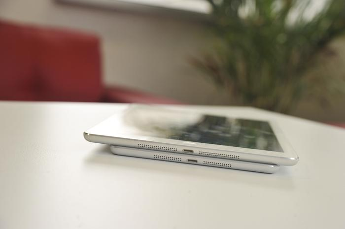 The iPad Air (top) is basically a larger iPad mini (below), utilising a very similar design.