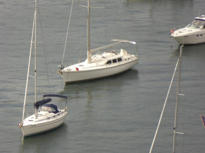 Here's a close-up at 30x optical zoom of one of the boats in the previous shot.