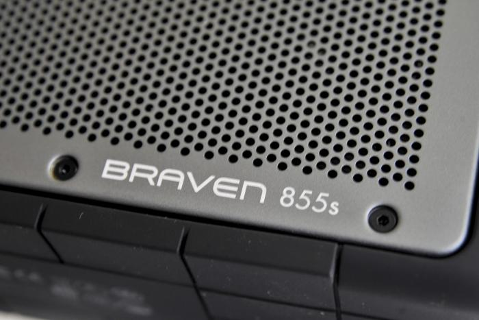 Braven claims the speaker grille is made from 'airline-grade' aluminium.