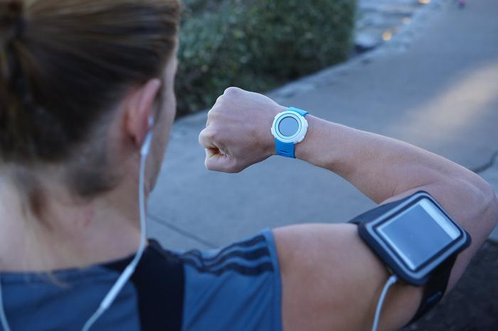 The Echo is targeted at casual users rather than professional athletes, particularly as it requires users to run with their smartphone.