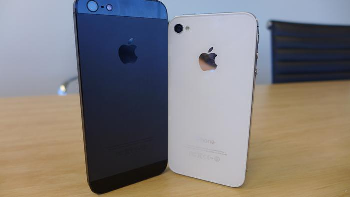 The iPhone 5 (left) and the iPhone 4S.
