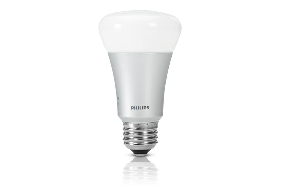 Philips Hue Review: This LED light bulb hooks up to your Wi-Fi, and ...