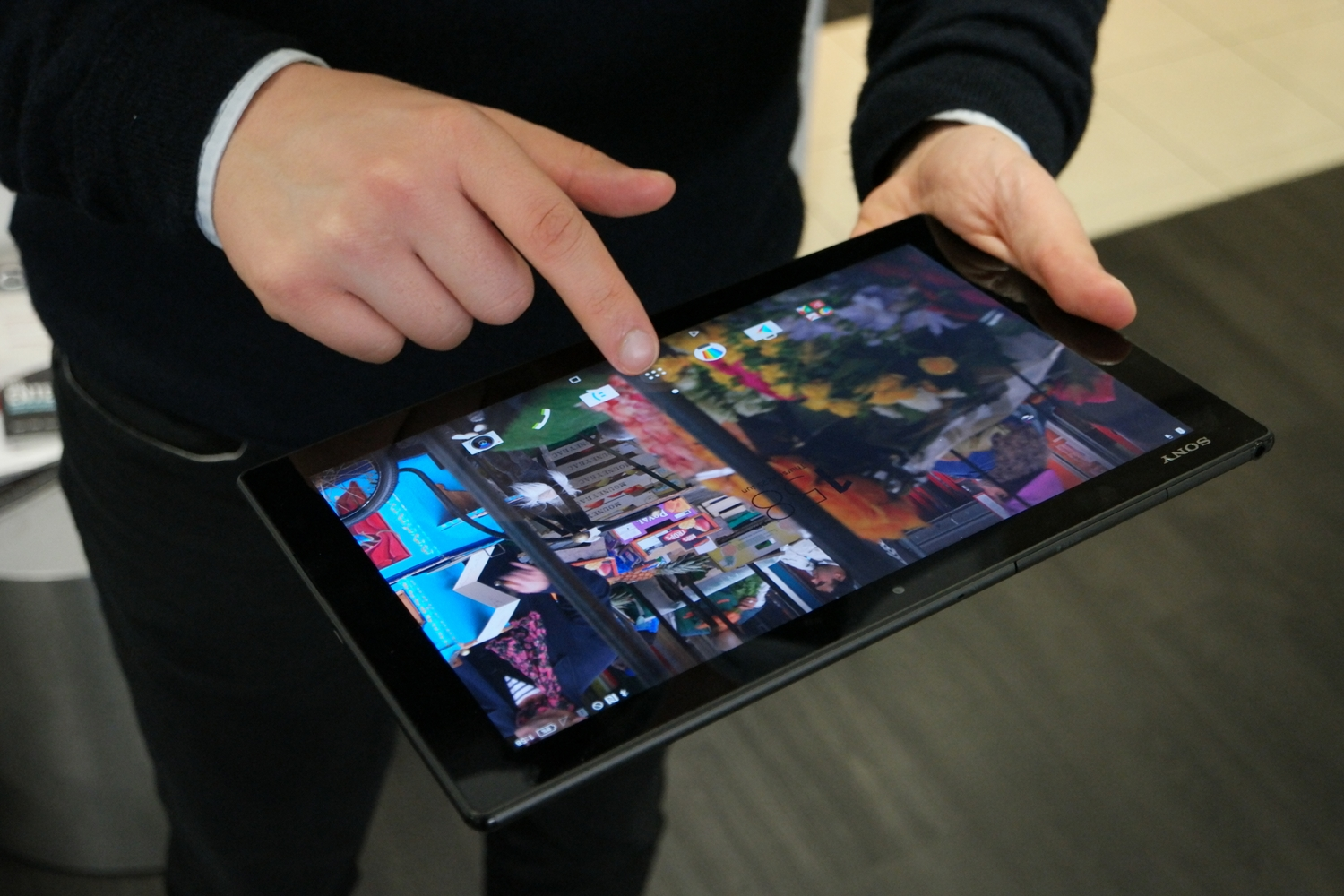 sony z4 tablet. sony xperia z4 tablet review: a 2k screen, thin profile and wide set of features make the great purchase - tablets pc world australia