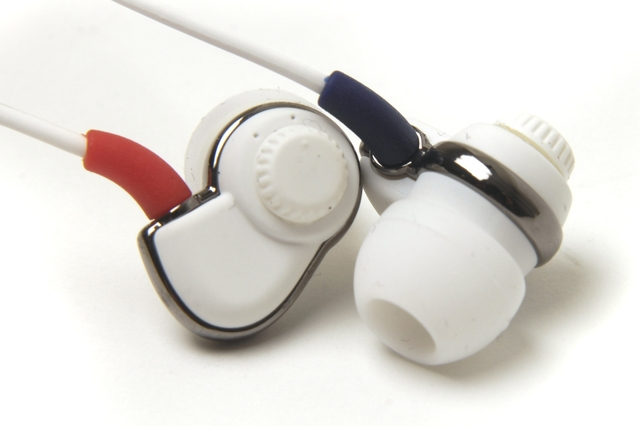 SoundMAGIC PL-30